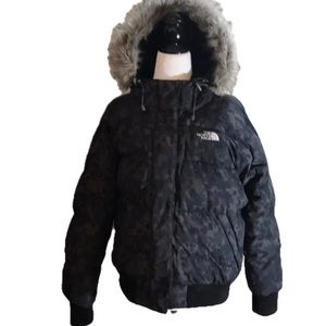 """""""THE NORTH FACE"""" 550 Grey & Black Hooded Jacket ."""